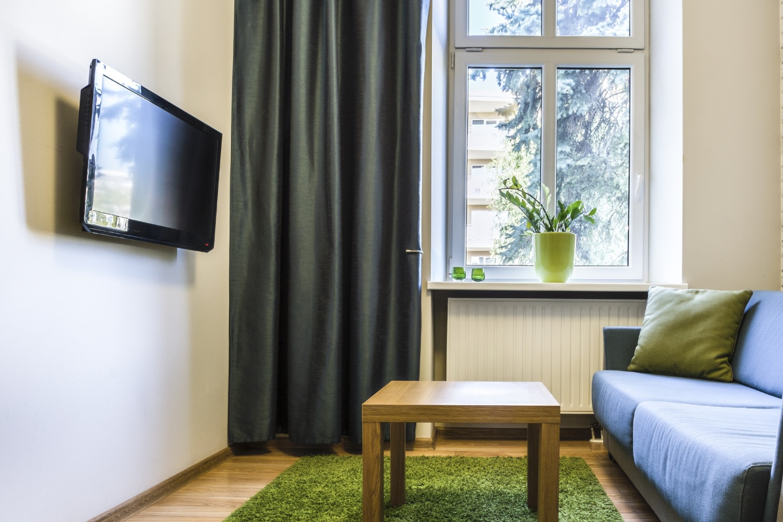 Rauhfaserbehang in eenvoudige woonkamer