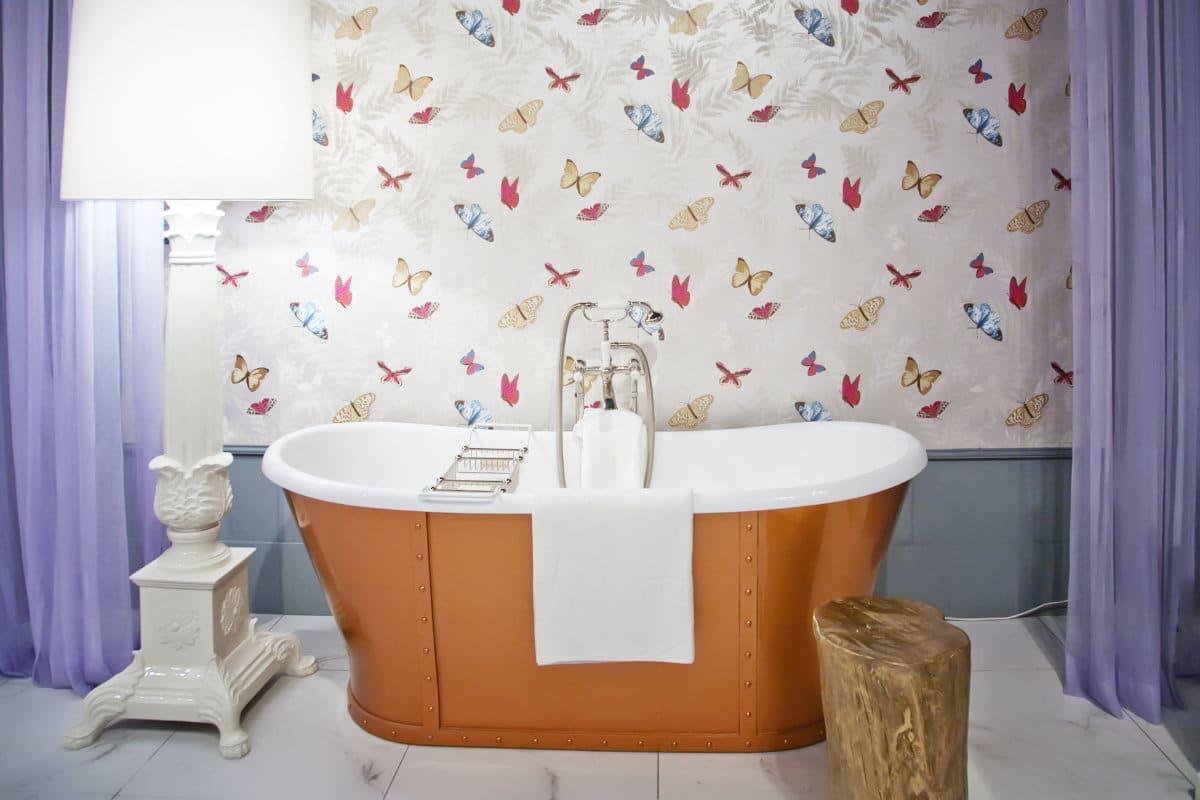 Badkamer behang: voordelen & inspirerende voorbeelden